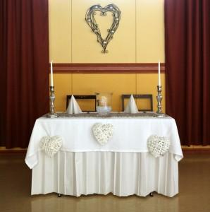 Asuuli: Hääparin pöytä